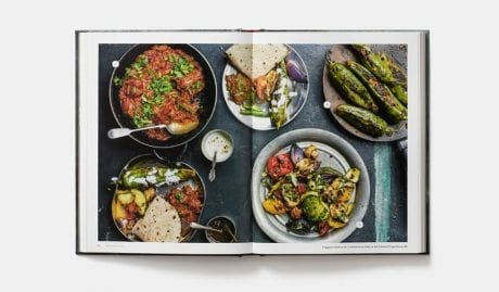 The Indian Vegetarian Cookbook av Pushpesh Pant